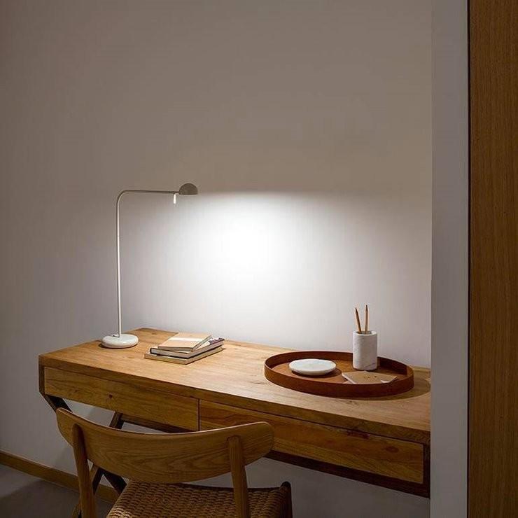 Modna nowoczesna lampa stołowa do biura od Ideal Lux Lampa stołowa | Lampa do czytania Pin H55 czarny - Vibia - lampa biurkowa