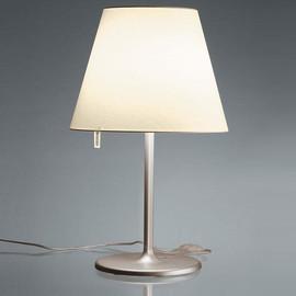 Melampo Ø35 kremowy - Artemide - lampa biurkowa