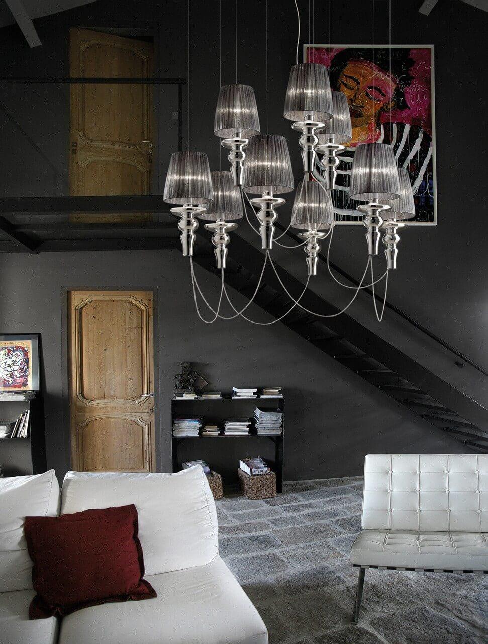 Ładna wyjątkowa lampa do salonu. Piękna i nowoczesna włoska lampa wisząca Evi Style.