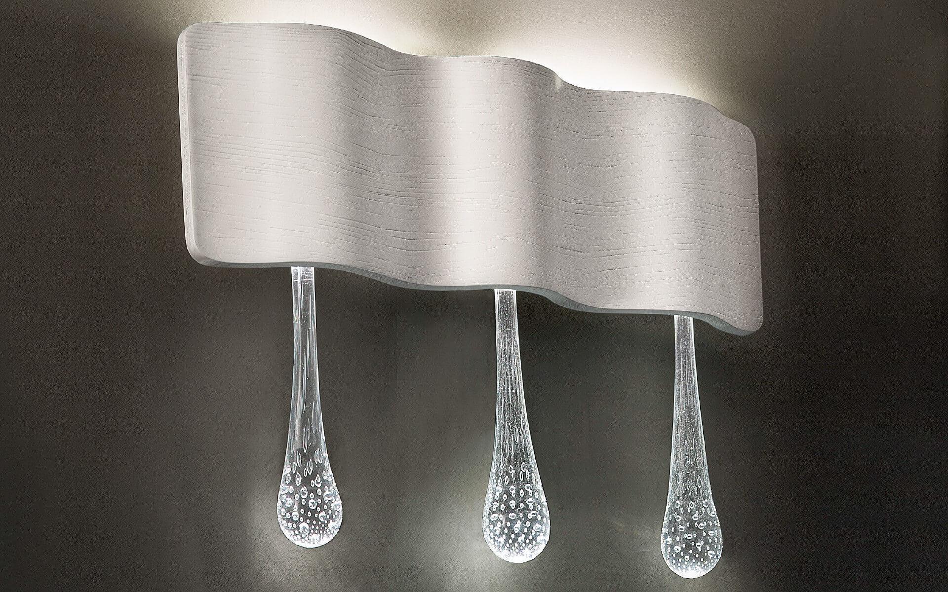 Luksusowy włoski kinkiet Masiero Ripple. Lampa nadaje się do zastowsowania w salonie i sypialni. Masiero - lampy ekskluzywne