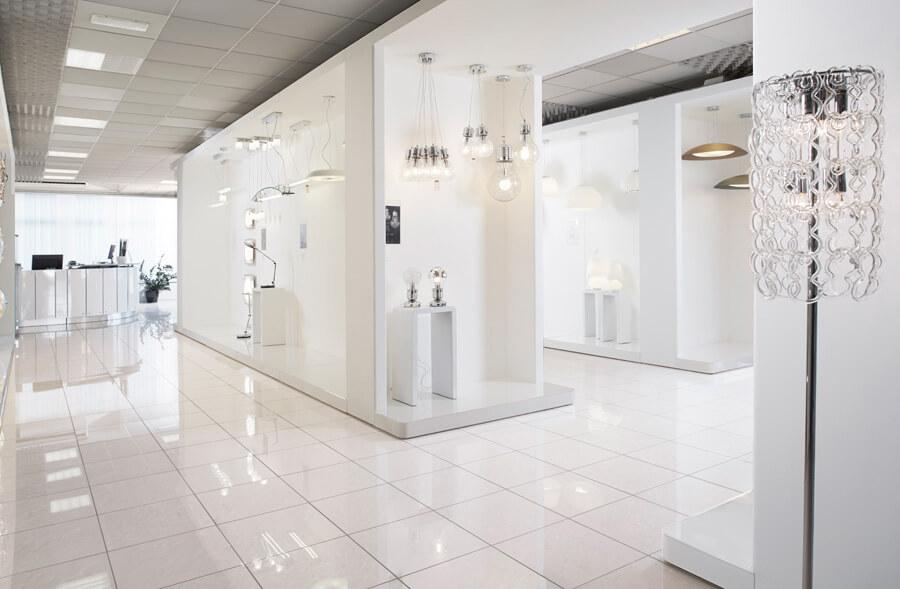 Lampy Ideal Lux - ekspozycja w Mirano