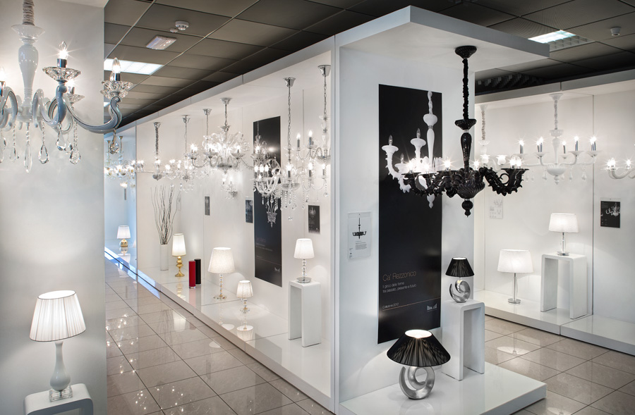 Showroom Mirano - lampy Ideal Lux